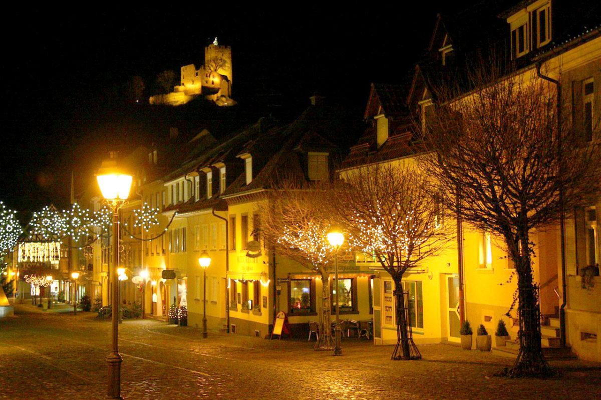 Weihnachtsbeleuchtung mit HSW Stadtfeld